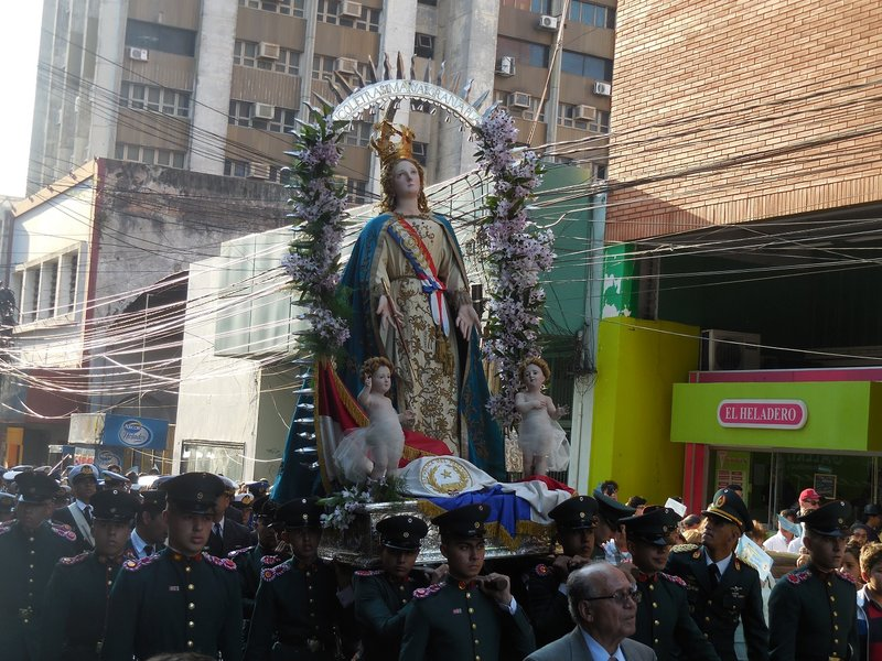 large_Asuncion_parade__6_.jpg
