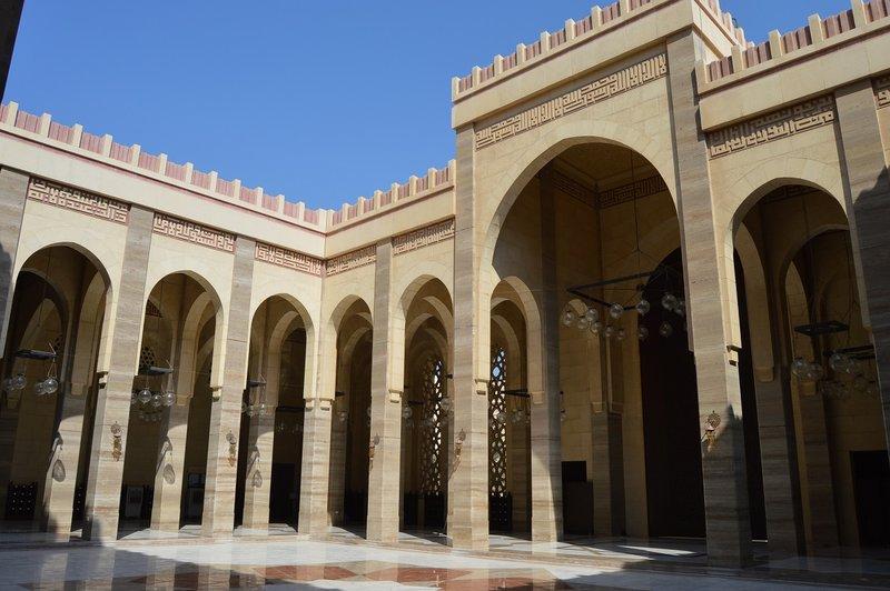 large_Bahrain__11_.jpg