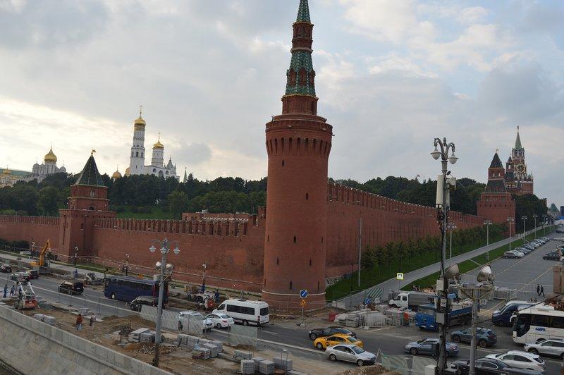 large_Kremlin__6_.jpg