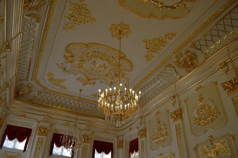 large_Nesvizh_Castle__8_.jpg