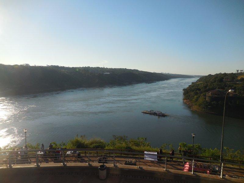 large_Puerto_Iguacu__4_.jpg