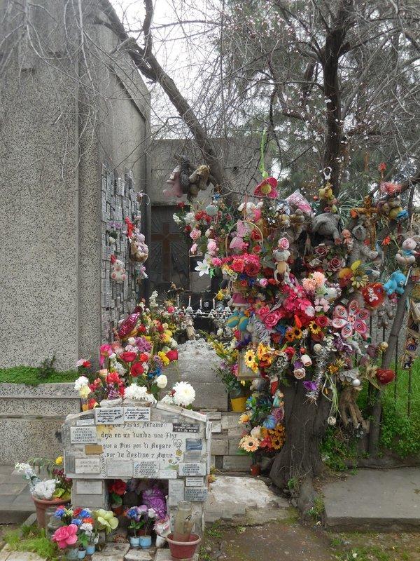 large_Santiago_Cemetery__4_.jpg