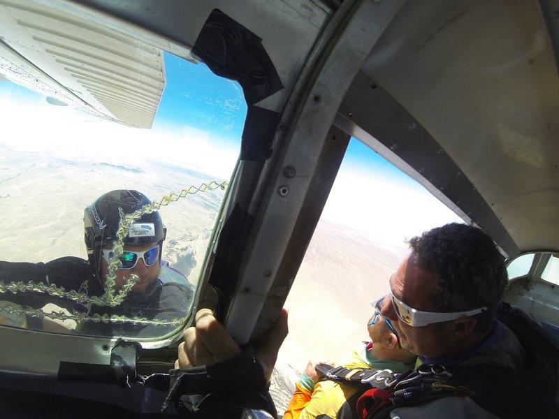 large_Skydiving__5_.jpg