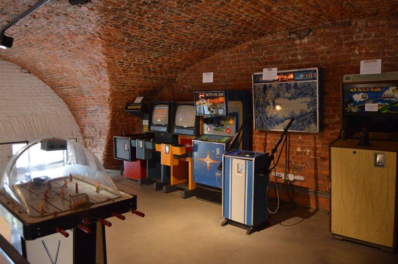 large_Soviet_Arcade__8_.jpg