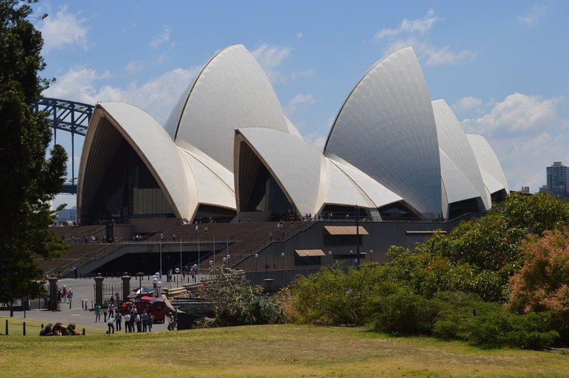 large_Sydney_02__10_.jpg