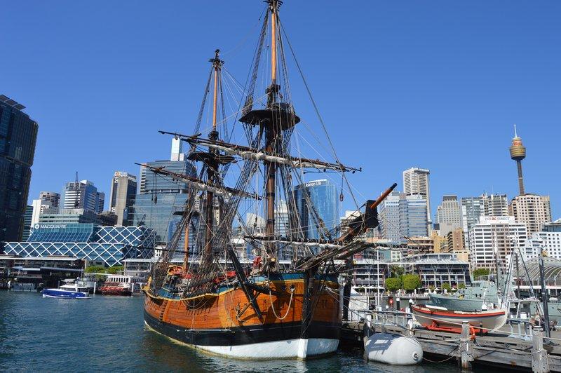 large_Sydney_02__20_.jpg