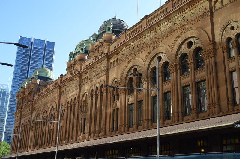 large_Sydney_02__28_.jpg