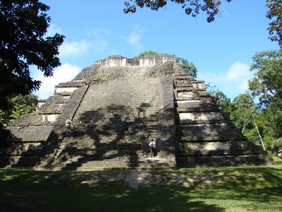 Tikal_3.jpg