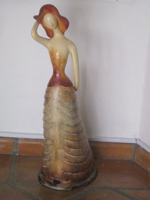 San Miguel lady sculpture