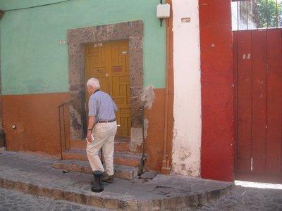 San Miguel dad walking up