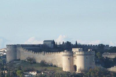 Near bye castle