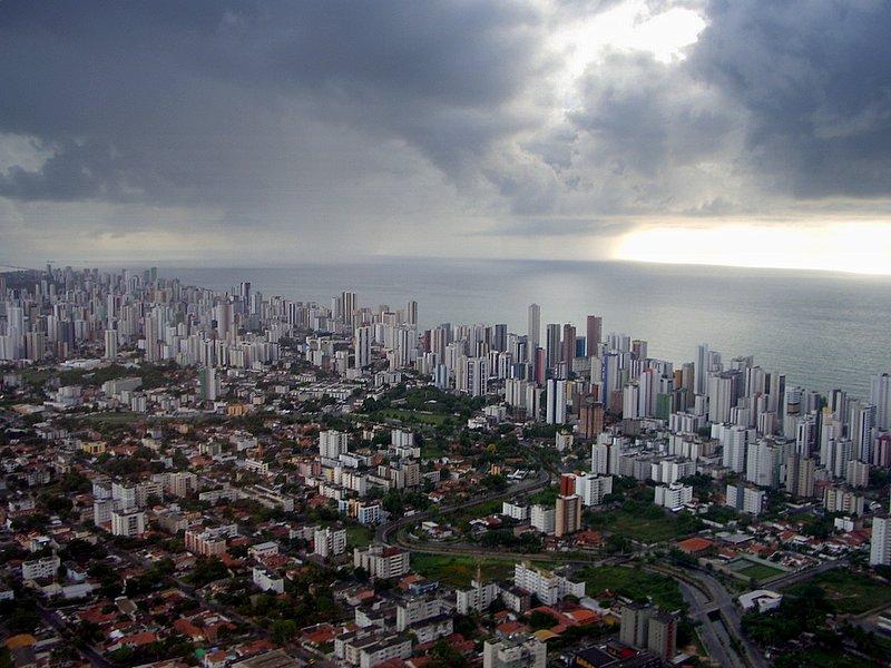 Recife - Here comes the rain!