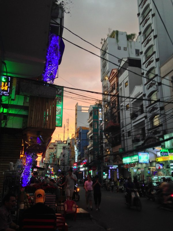 large_saigonsunset.jpg