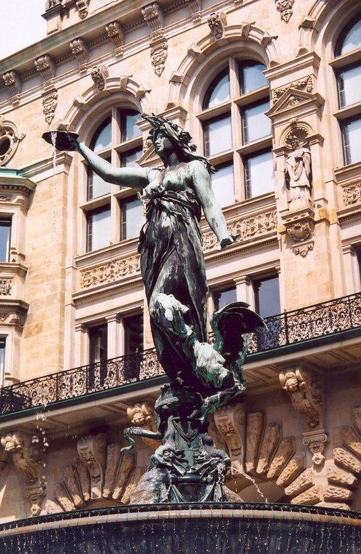 Well of Hygieia, Hamburg City Hall Waterfountain