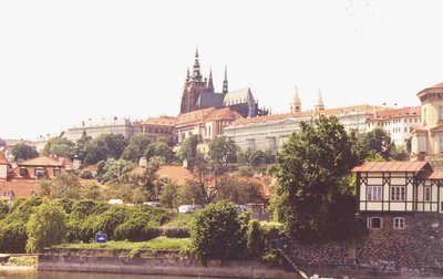 prague_castle_view.jpg