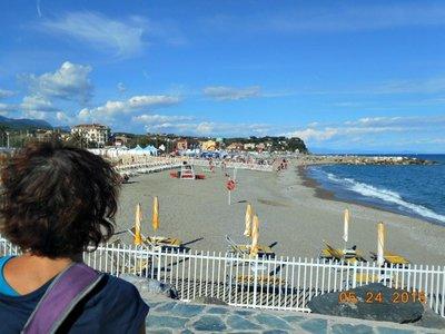 Albissola_beach_view_a.jpg