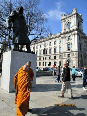 Churchill_monks_g.jpg