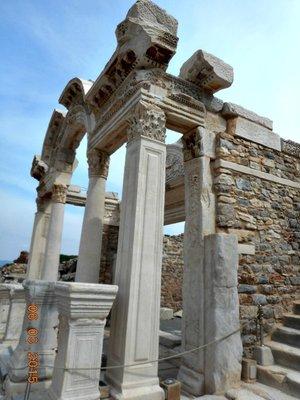 Ephesus_tour4.jpg