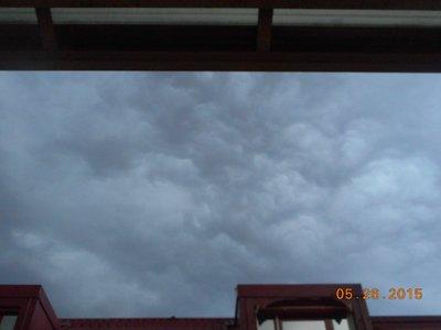 Milan_hote..stormclouds.jpg
