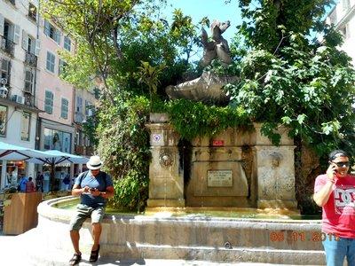 Toulon_g.jpg