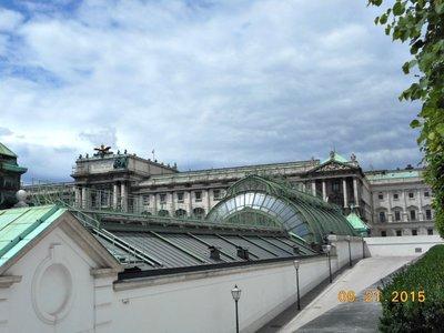 Vienna_arc..ure_conserv.jpg