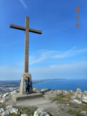 bray_hike_cross_a.jpg