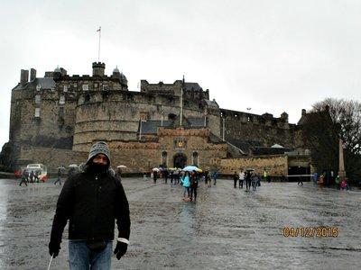 edinburgh_castle_g.jpg