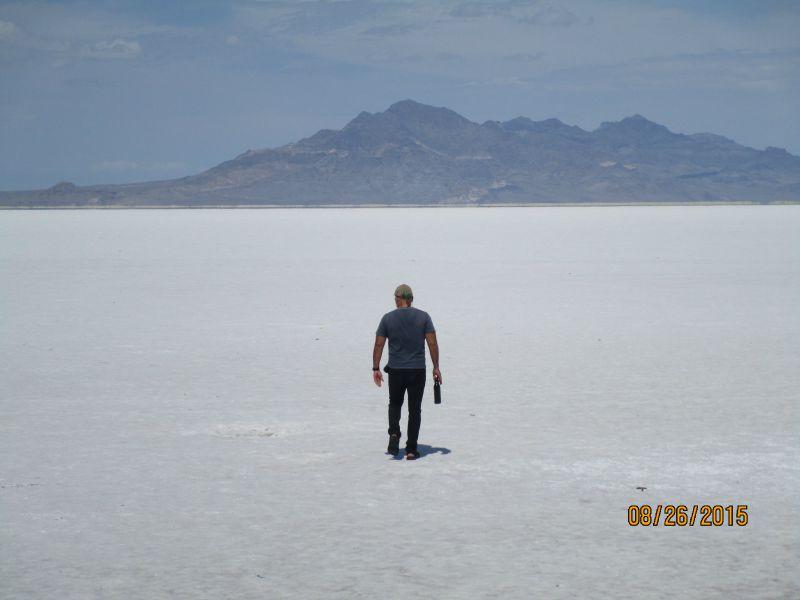 large_Utah_salt_flats_g.jpg