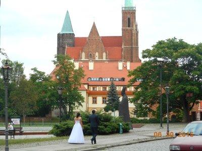 old_town_bridegroom.jpg