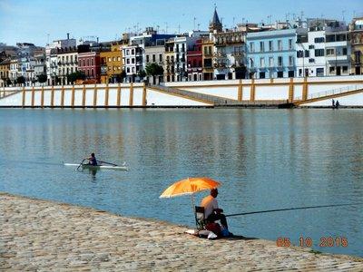 sevilla_riverfront3.jpg