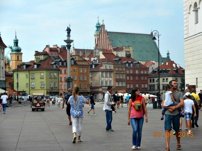 warsaw_old_city_view2.jpg