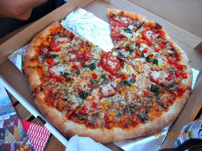 wroclaw_veggie_pizza.jpg