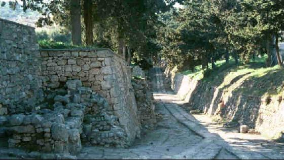 42148-Palace_of_Knossos_Heraklion