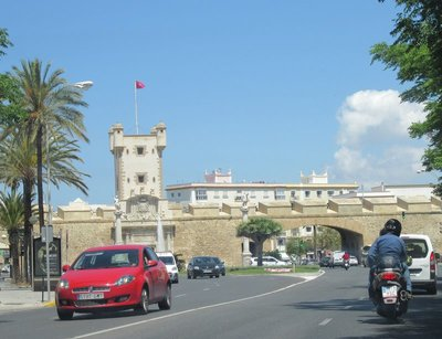 Arched entry to Cadiz