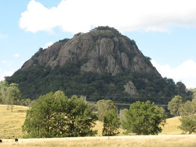 Wallabadah Rock
