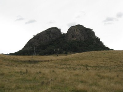 Wallabadah Rock from another angle showing that it is split