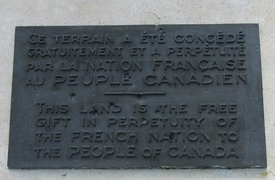 Plaque noting that France gave to Canada the ground on which these monuments stand