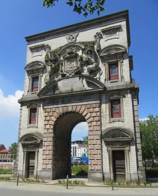 """- This arch was at the end of the block where we found the car wash.  It is called """"Waterpoort at the Gillisplaats"""".  It was a gate to Antwerp at one time."""
