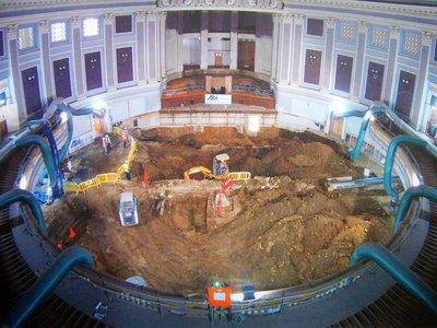 City_Hall_..oncert_hall.jpg