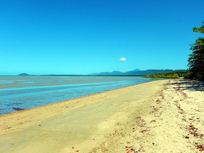 Cooya_Beach_south.jpg