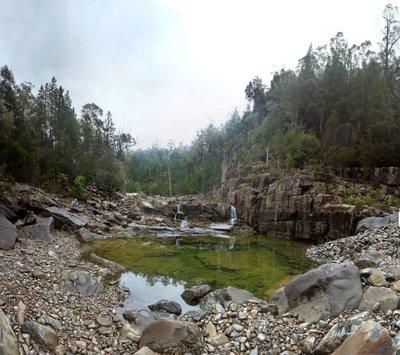Gorge_waterfall.jpg