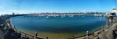 Melbourne_CBD_from_pier.jpg