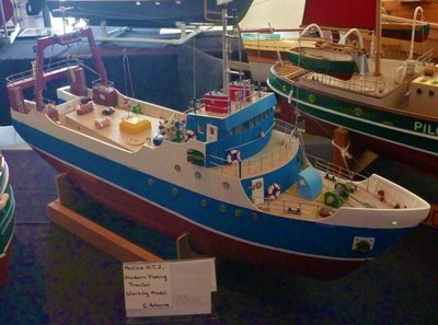 Modern_Fishing_Trawler.jpg
