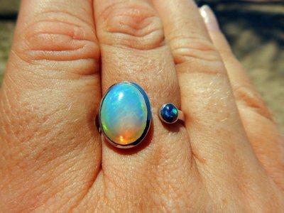 Opal_ring4.jpg