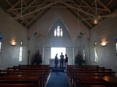 St_Marys_Church_inside.jpg