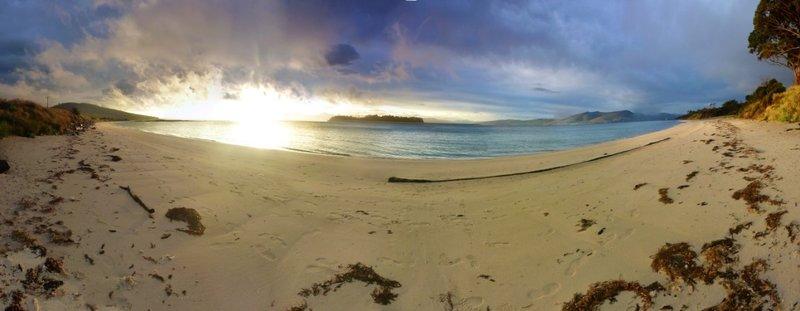 large_Alonnah_Sunset.jpg