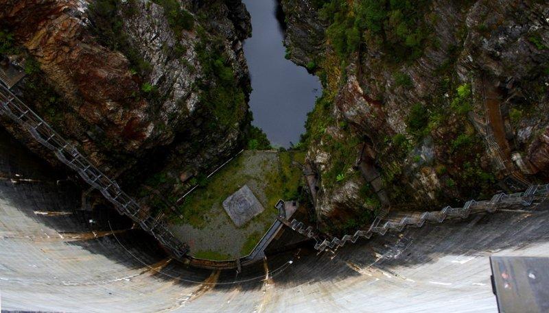 large_Looking_down_Gordon_Dam.jpg