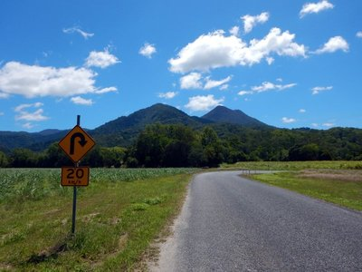mountain_bend.jpg