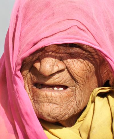 large_oldwoman.jpg