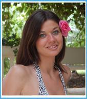 Melissa Uhniat, Host of Hideaways